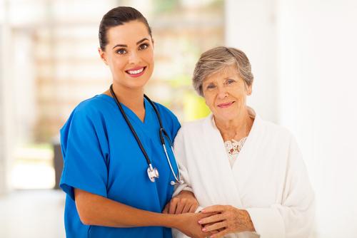 Az ápolási díj és az otthoni idősgondozás
